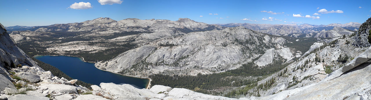 Panoramic view from Tenaya Peak