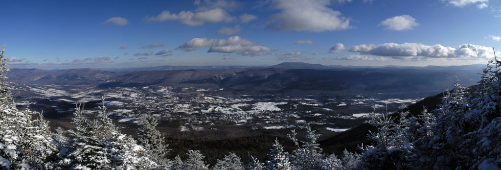 Panoramic from Equinox Mt, Vermont